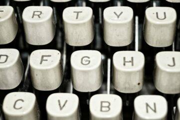 photo of old typewriter keys